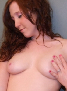Ginger Teen Ruby Flashes Her Perky Tits As She Strips Naked - Picture 8